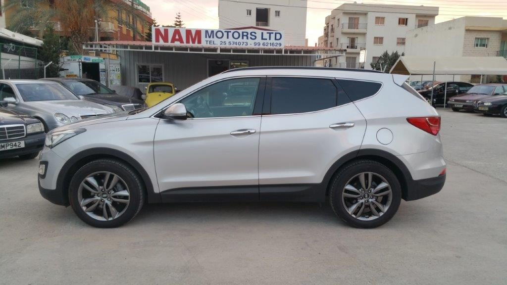 Nam Motors 187 Hyundai Santa Fe 2015